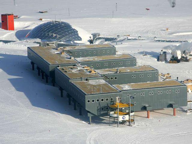 South_Pole_Station